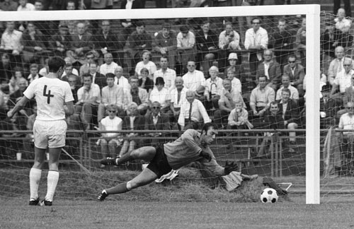 HSV Bundesliga Historie 1965 - 1966