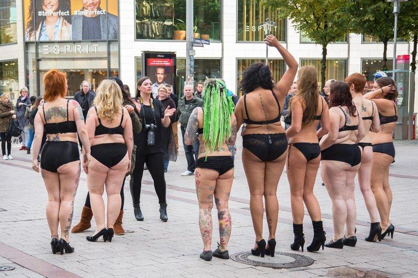 gefuehle silvana denker zeigt bodylove projekt kleidergroessen plus size models